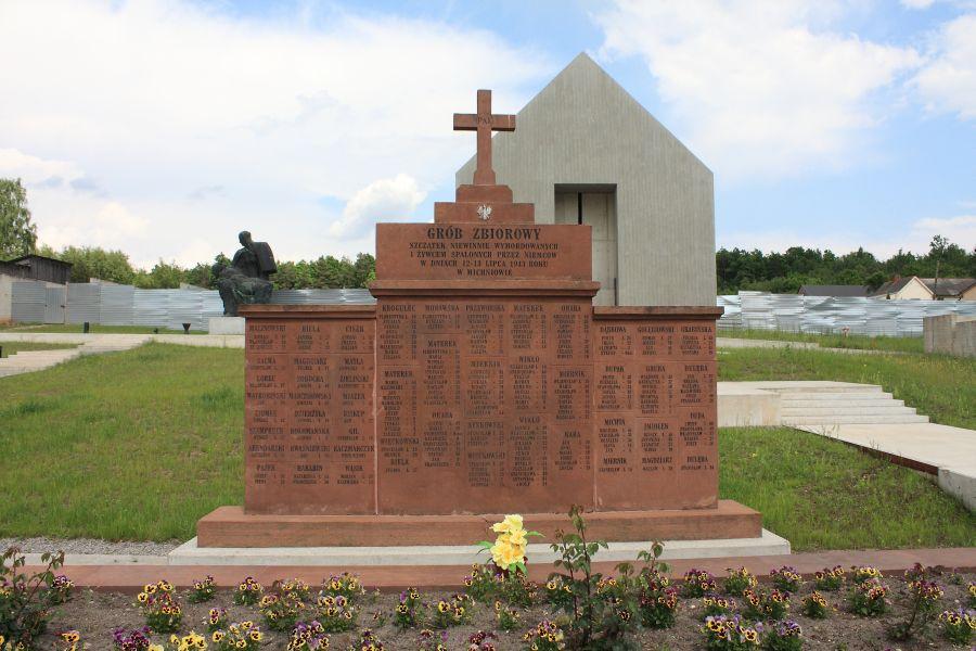 Michniów masowy grób