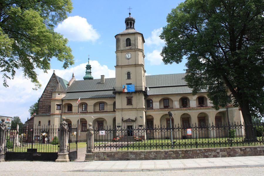 Wąchock klasztor